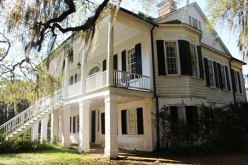 oak grove plantation house exterior