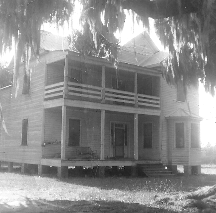 Exterior view of the Frampton House during the Campbell years