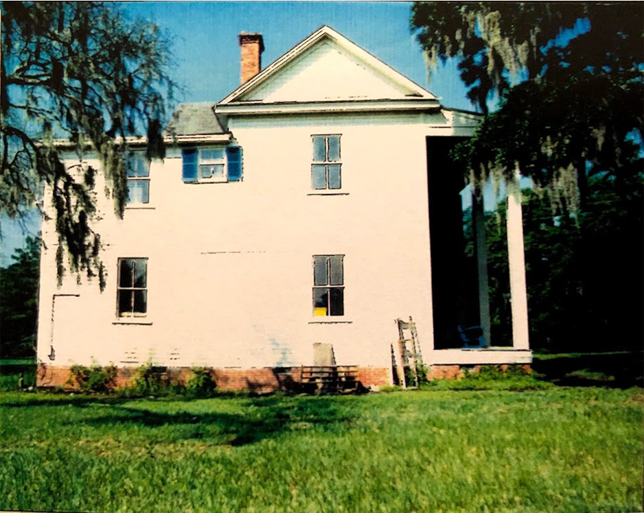 Exterior view of the Frampton Plantation House highlighting the second story addition