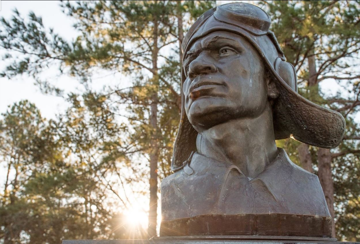 walterboro tuskegee airmen monument
